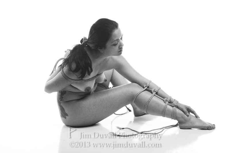 woman tied in classic life drawing pose model: Gretchenable